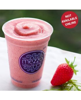 STRAWBERRY YOGURT FRAPPE สตรอเบอรี่ โยเกิดร์ปั่น 草莓 酸奶