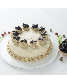 Prune Cream Chase Cake : เค้กพรุน
